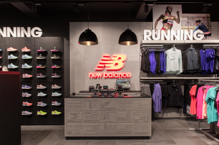 New Balance - Bicester Village - Interior-19